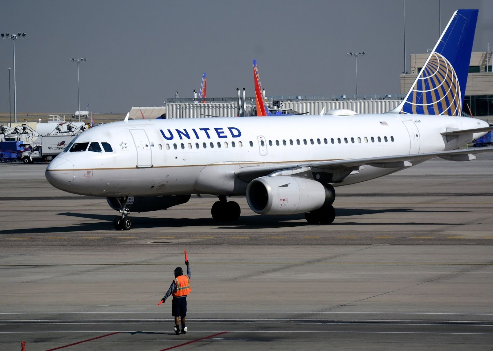 Feel Free To Book A Flight At United Airlines Customer Service