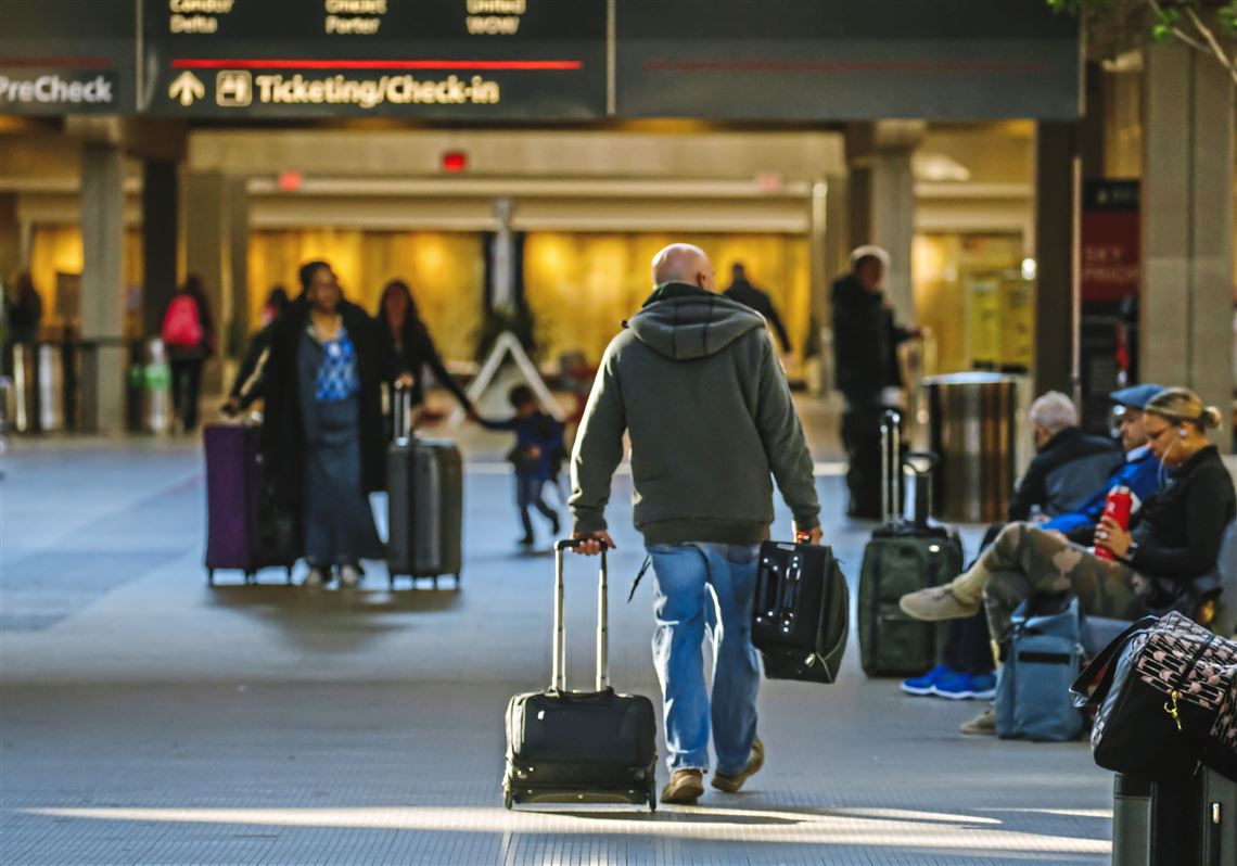 4 Ways To Make Your Airport Trips Comfortable And Hassle-Free