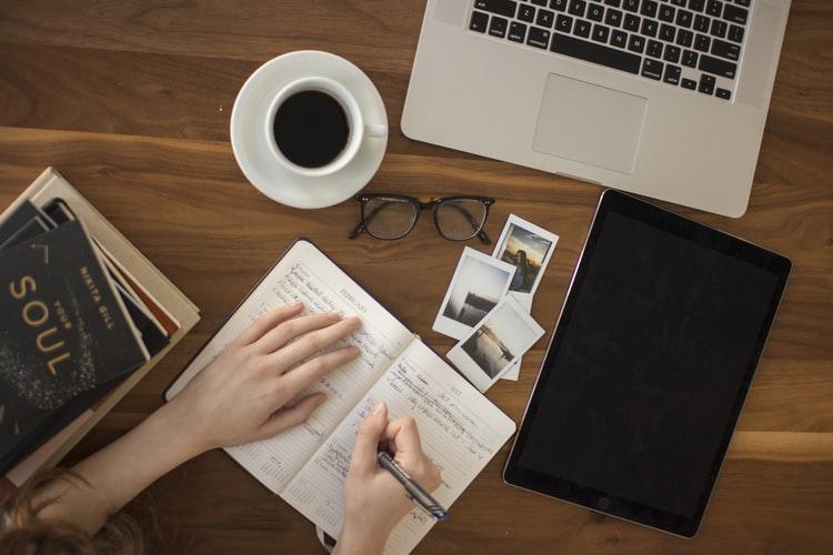 9 Ways To Keep Up With Digital Marketing News