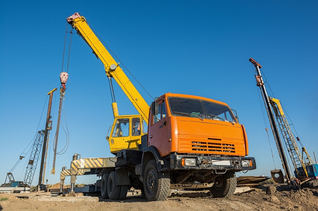 Why Get Involved In A Mobile Lifting Equipment Hire Procedure